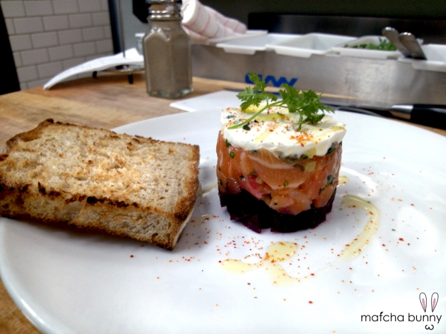 Happy Hour Salmon Tartare